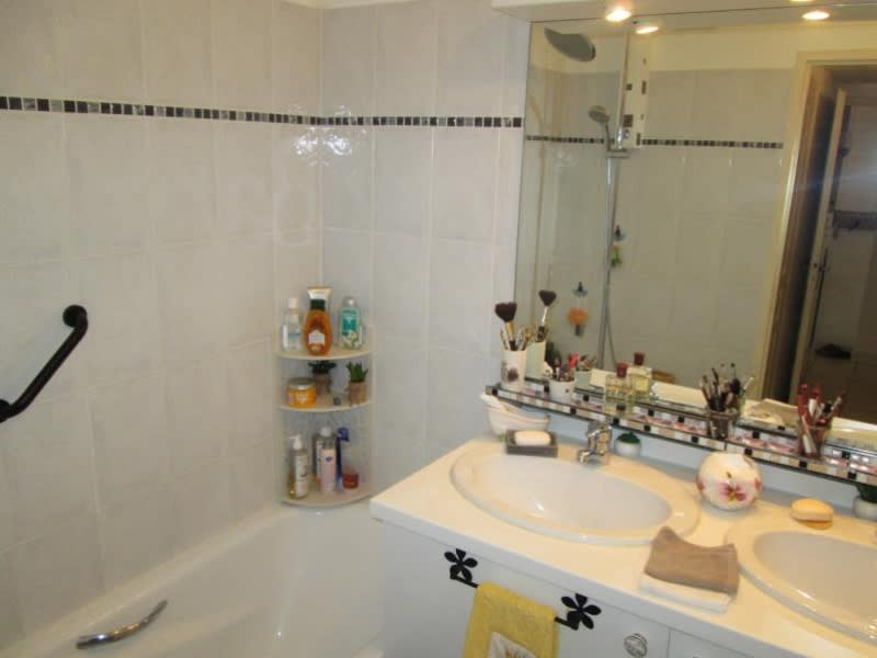 Vente de prestige appartement Balaruc les bains 219000€ - Photo 9