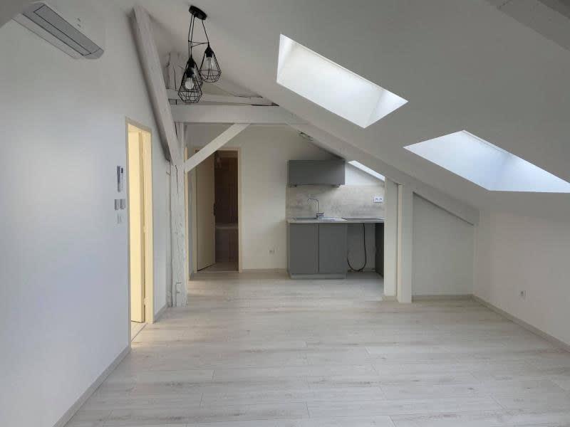 Rental apartment Rives 700€ CC - Picture 7