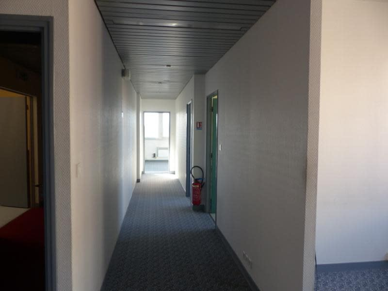 Vente local commercial Poitiers 133750€ - Photo 8
