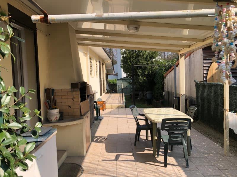 Sale house / villa Leognan 60000€ - Picture 10