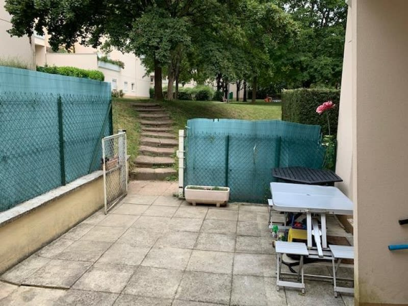 Rental apartment Dardilly 609,48€ CC - Picture 9