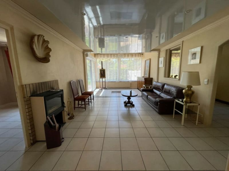Sale house / villa Poigny-la-forêt 493000€ - Picture 2