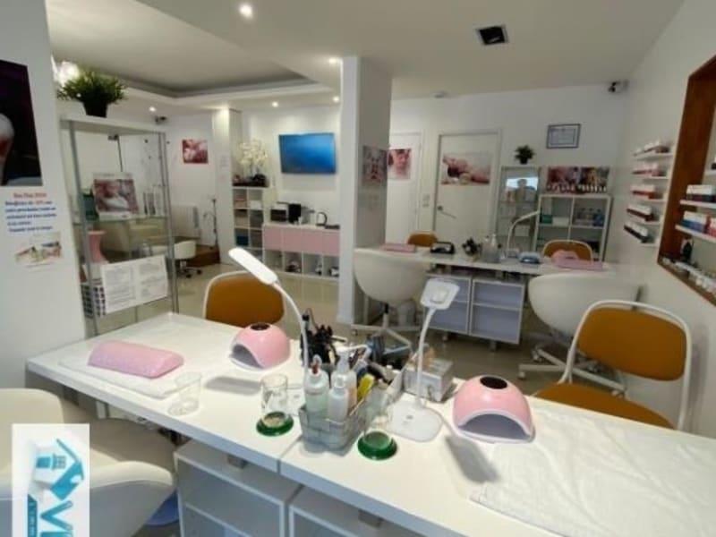 Commercial property sale shop La varenne saint hilaire 104000€ - Picture 9