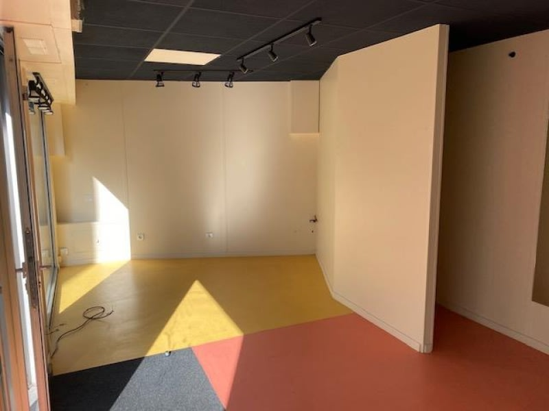Location local commercial Cholet 450€ HC - Photo 6