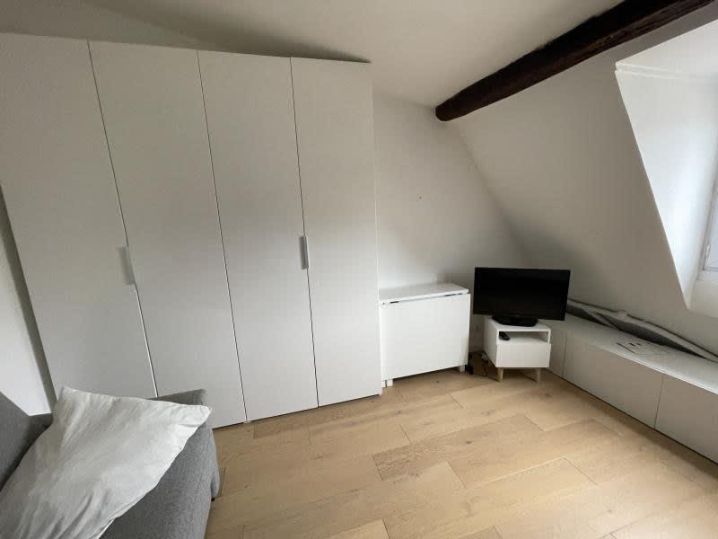 Rental apartment Paris 820€ CC - Picture 9