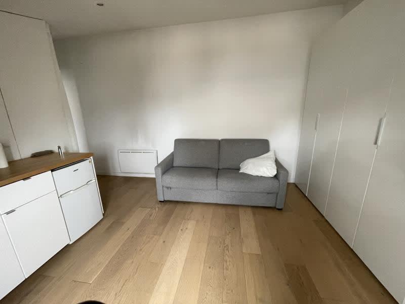 Rental apartment Paris 820€ CC - Picture 11