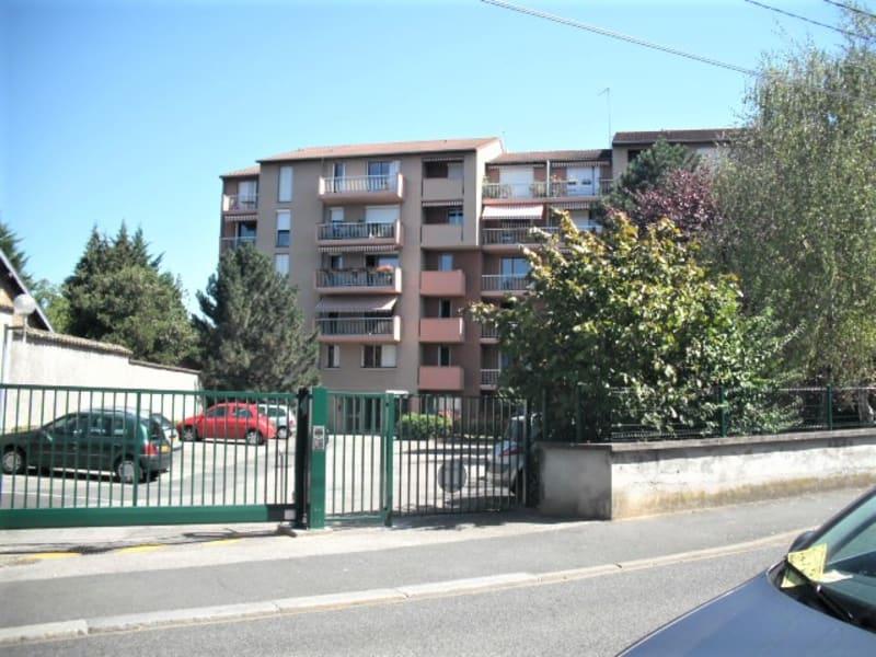 Location appartement Villefranche sur saone 760€ CC - Photo 10