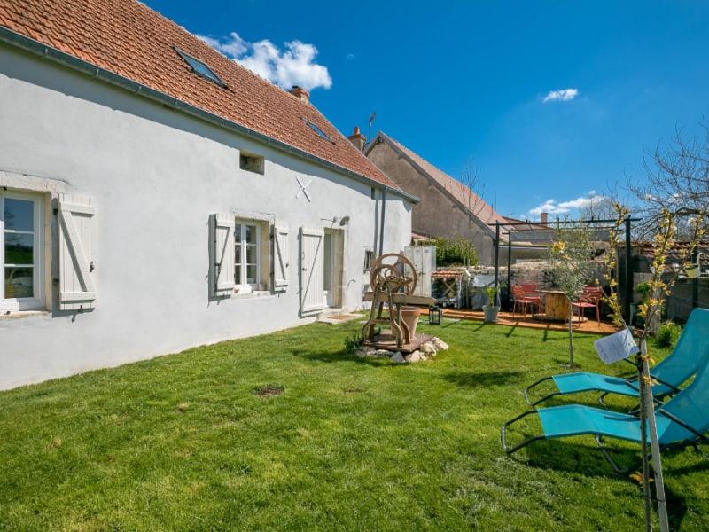 Sale house / villa Binges 269000€ - Picture 6