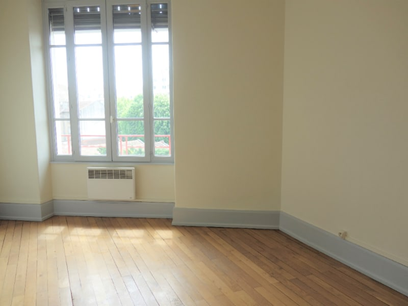 Sale apartment Villeurbanne 229000€ - Picture 6