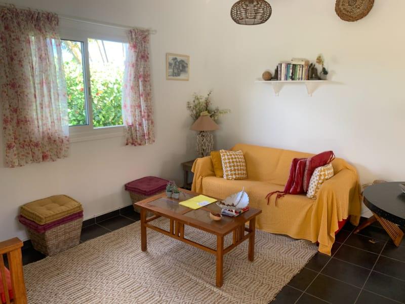 Location maison / villa Saint francois 1250€ CC - Photo 5