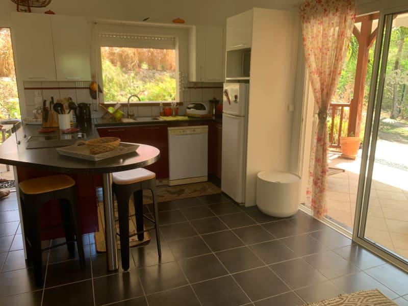 Location maison / villa Saint francois 1250€ CC - Photo 6
