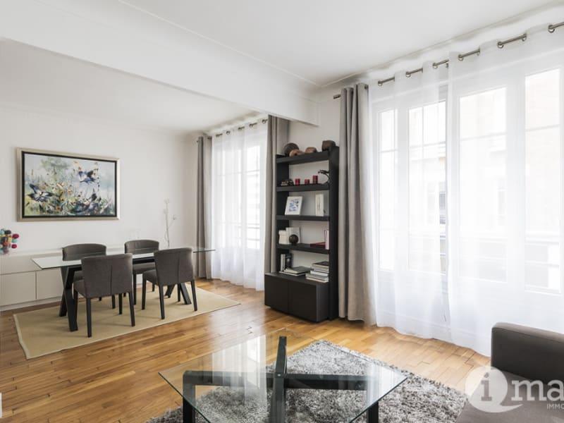 Sale apartment Courbevoie 698000€ - Picture 9