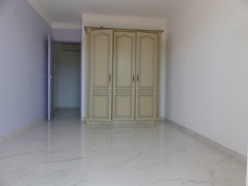 Revenda apartamento Frejus 220000€ - Fotografia 7