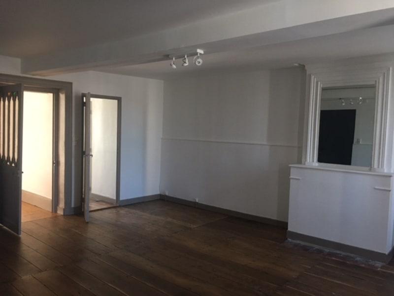 Rental apartment Barbezieux-saint-hilaire 460€ CC - Picture 11