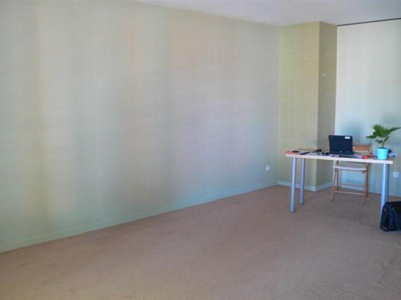 Sale apartment Lille 178000€ - Picture 7