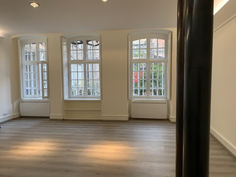 Location local commercial Strasbourg 1300€ HC - Photo 2