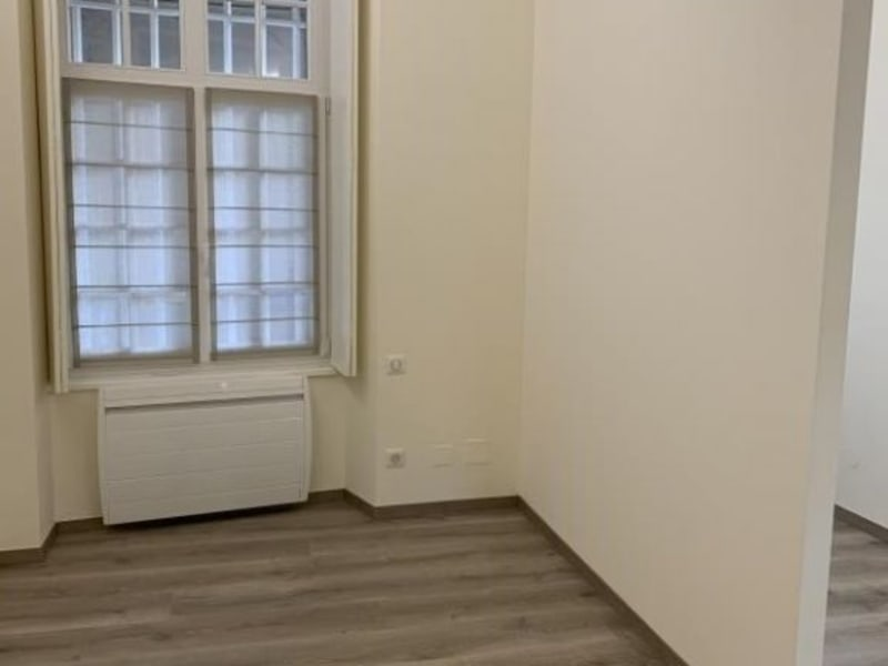 Location local commercial Strasbourg 1300€ HC - Photo 5