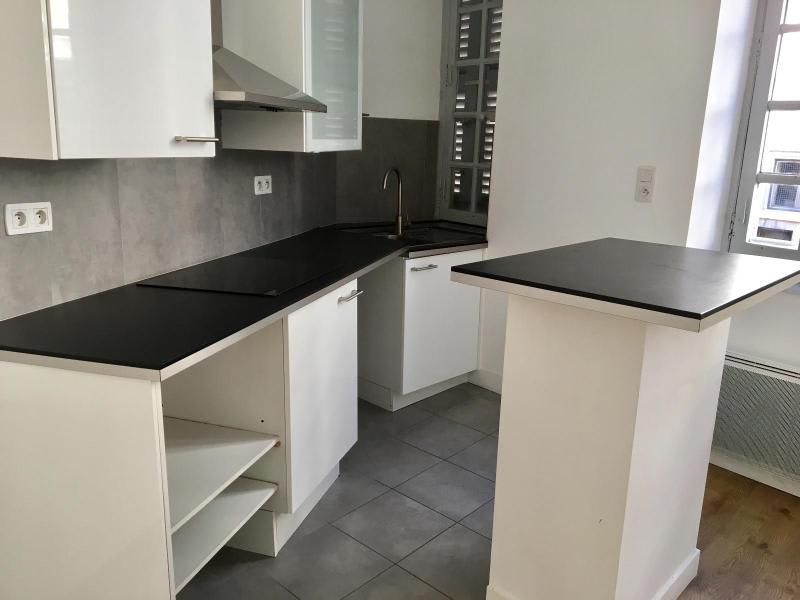 Location appartement Aix en provence 816€ CC - Photo 2