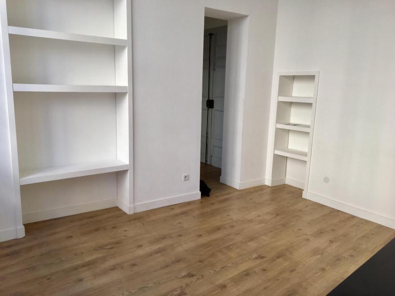 Location appartement Aix en provence 816€ CC - Photo 3