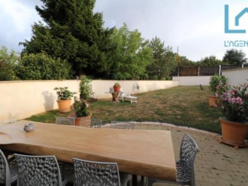 Sale house / villa Bois d arcy 595000€ - Picture 2