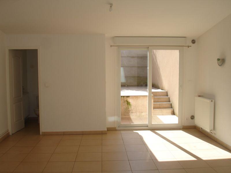 Location maison / villa Saint quentin 735€ CC - Photo 9