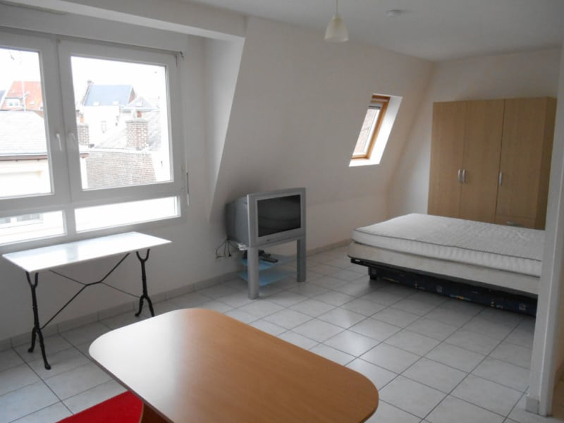 Rental apartment Saint quentin 400€ CC - Picture 3