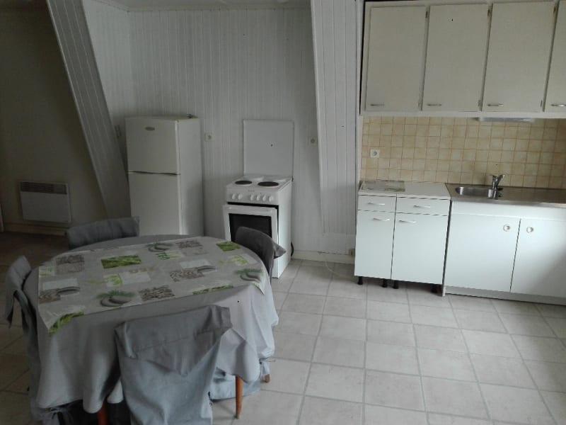 Location appartement Aire sur la lys 425€ CC - Photo 8