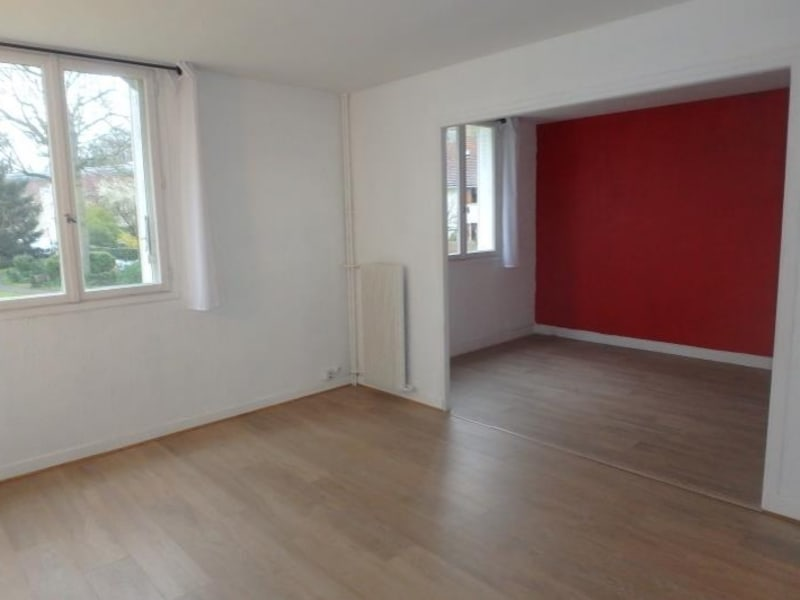Location appartement Viroflay 1144€ CC - Photo 1