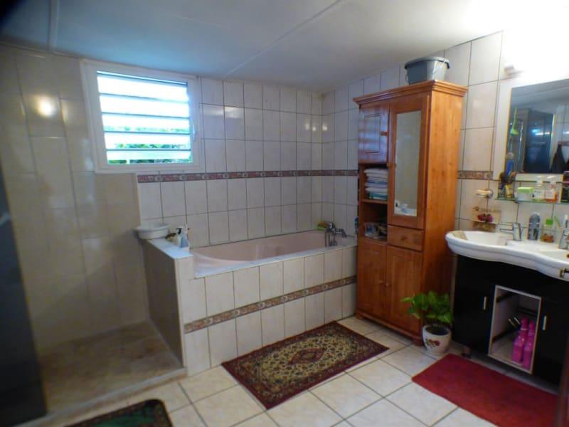 Sale house / villa Les avirons 170000€ - Picture 14