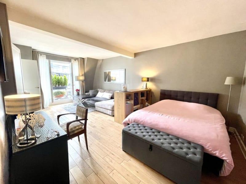 Location appartement Paris 17ème 1390€ CC - Photo 9