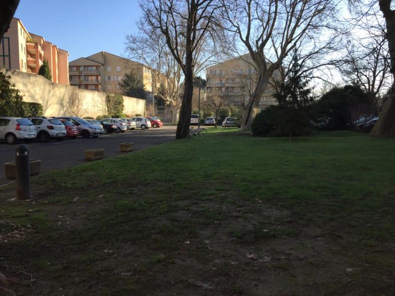 Rental parking spaces Avignon 60€ CC - Picture 1