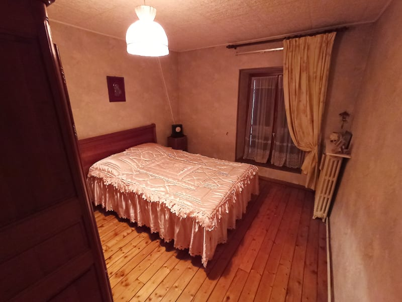 Vente maison / villa Thiers sur theve 295000€ - Photo 5