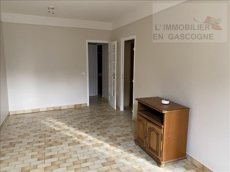 Rental apartment Auch 460€ CC - Picture 1