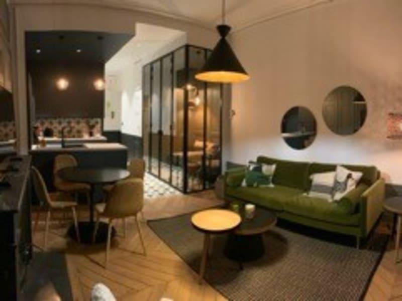 Rental apartment Lyon 6ème 1350€ CC - Picture 1