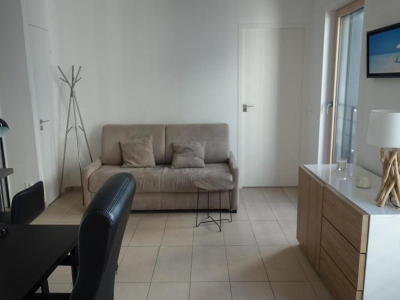Rental apartment Lyon 2ème 955€ CC - Picture 1