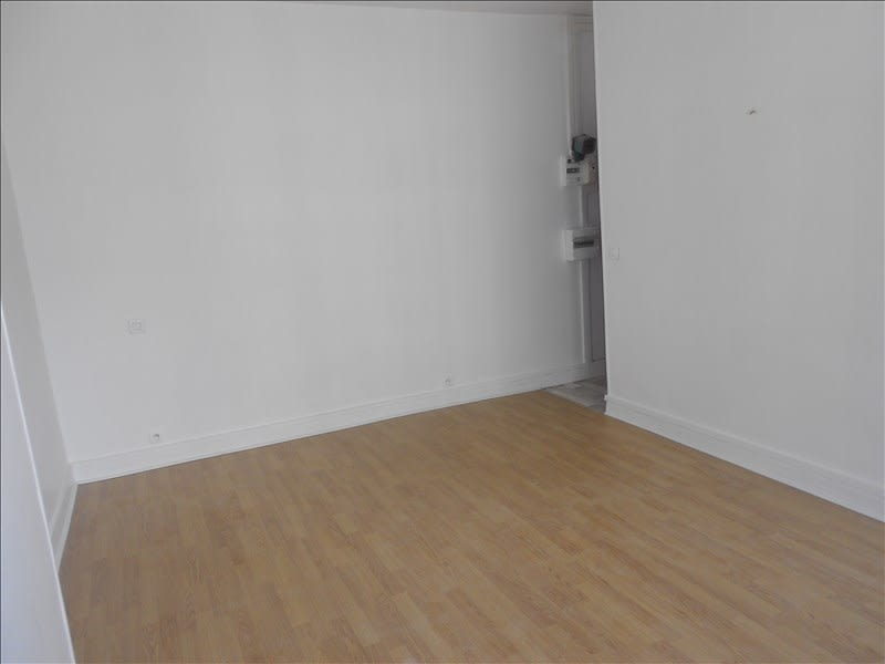 Location appartement Paris 17ème 724€ CC - Photo 3
