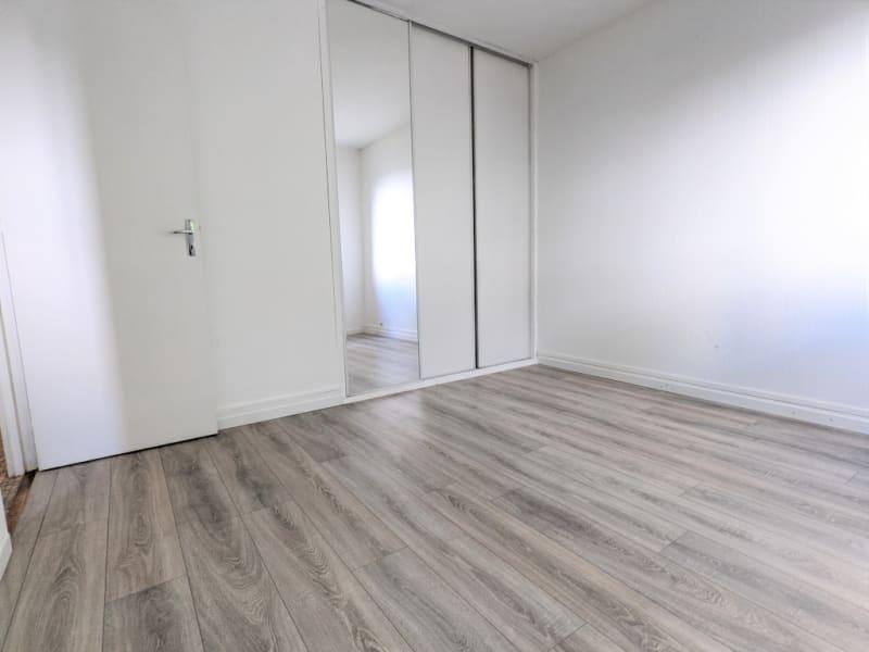 Rental apartment Montigny les cormeilles 945€ CC - Picture 12