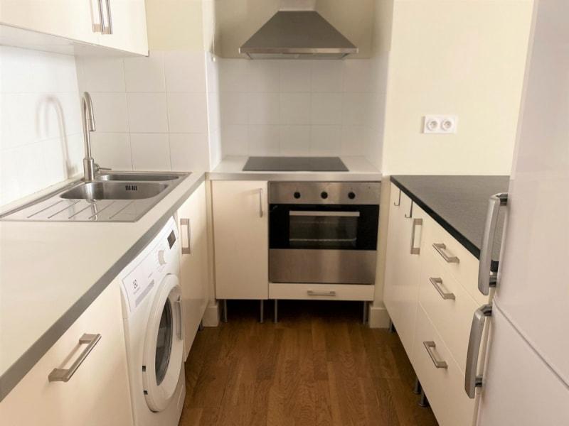 Location appartement Villeneuve les avignon 830€ CC - Photo 3