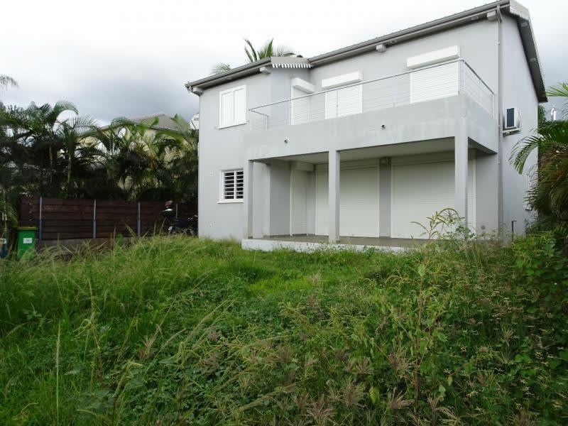 Sale house / villa La possession 395200€ - Picture 1