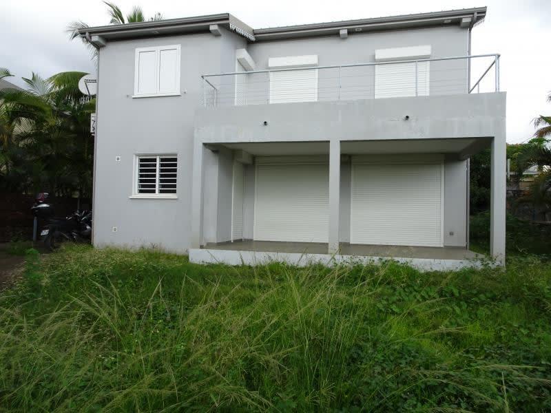 Sale house / villa La possession 395200€ - Picture 2