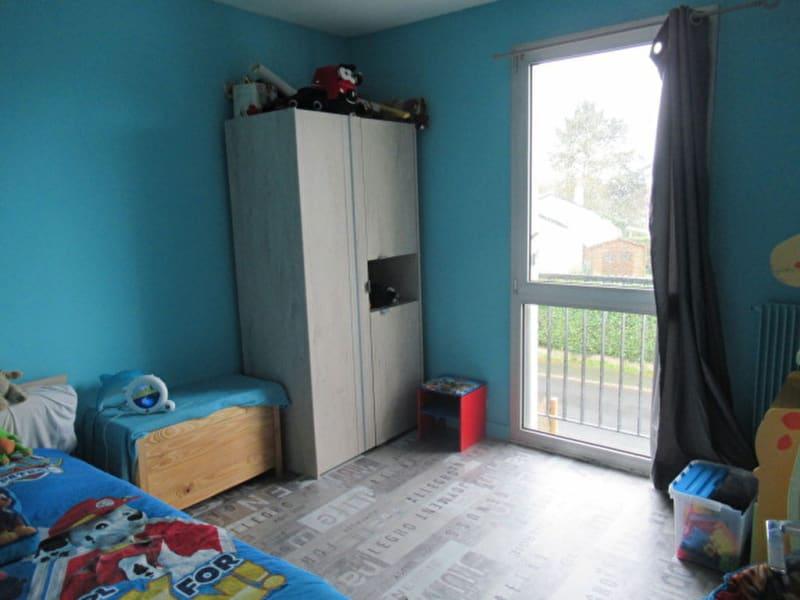 Sale house / villa Beaucouze 262500€ - Picture 3