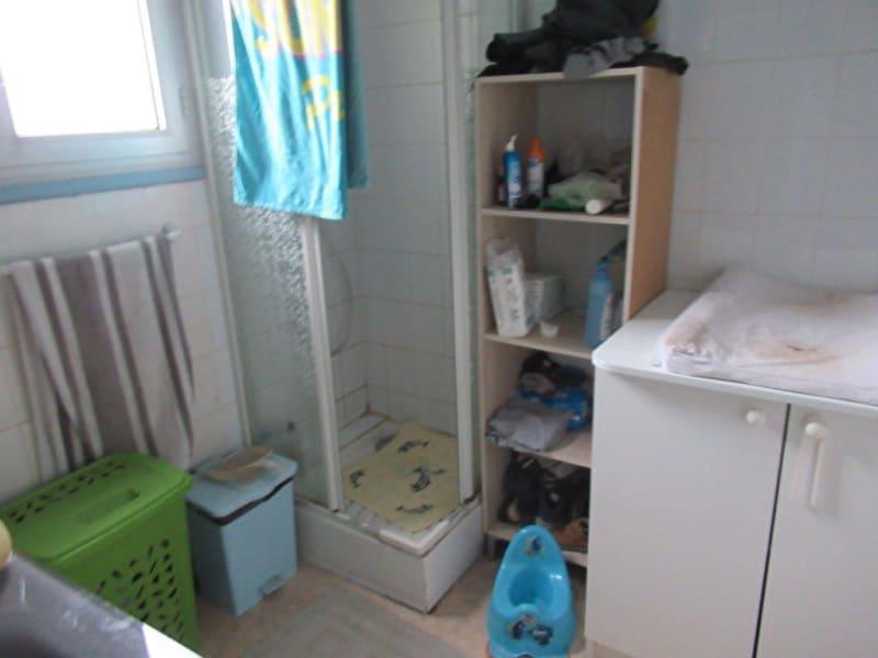 Sale house / villa Beaucouze 262500€ - Picture 5