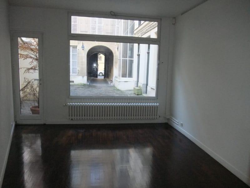 Rental office Paris 8ème 3850€ HC - Picture 6