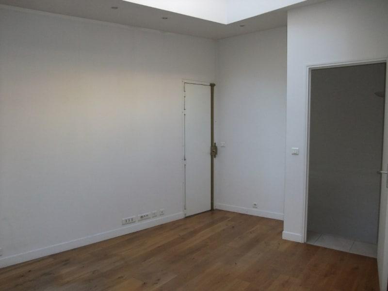 Rental office Paris 8ème 3850€ HC - Picture 16