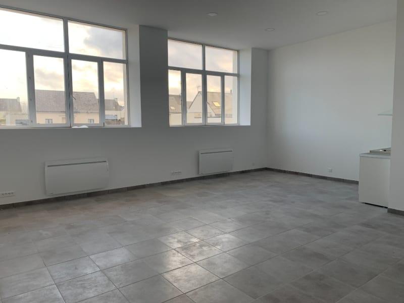 Rental loft/workshop/open plan Bannalec 575€ CC - Picture 1