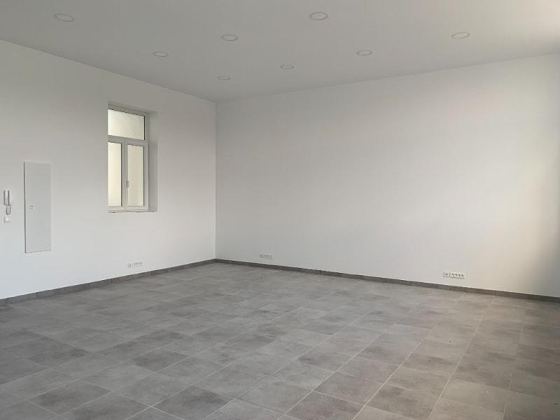 Rental loft/workshop/open plan Bannalec 575€ CC - Picture 4