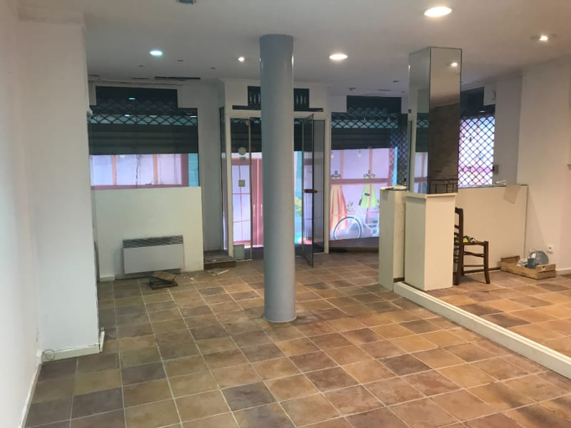 Location local commercial Saint omer 700€ HC - Photo 3