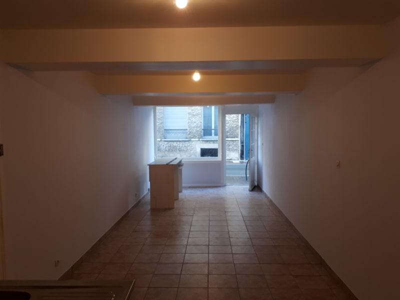 Rental empty room/storage Saint omer 340€ HC - Picture 3