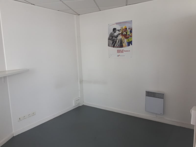 Location local commercial Longuenesse 789€ CC - Photo 6