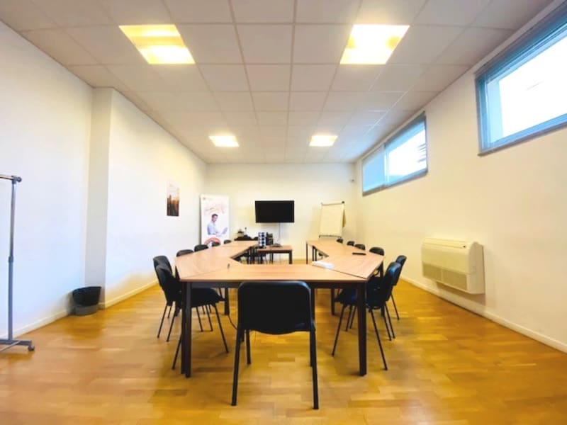 Sale office Conflans sainte honorine 750000€ - Picture 2